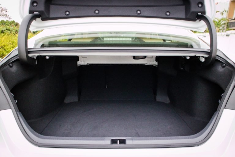 Toyota-camry-boot-trunk-space.jpg