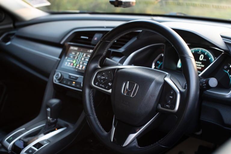 Honda-Civic-interior.jpg